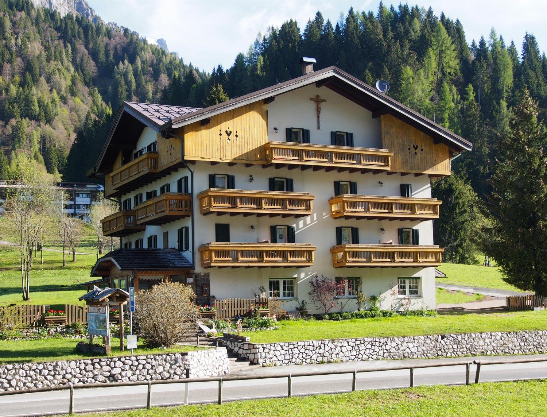Rifugio Cereda Alta Via Dolomiti Primiero San Martino di Castrozza