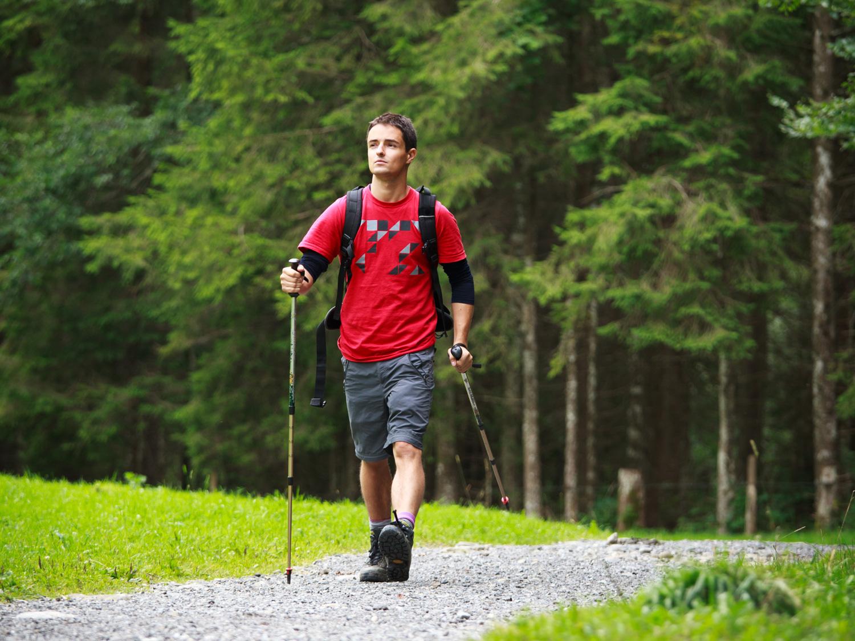 rifugio-cereda_attività-estive_nordic-walking